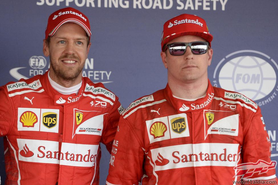 Alegría de Sebastian Vettel y Kimi Räikkönen en Sochi