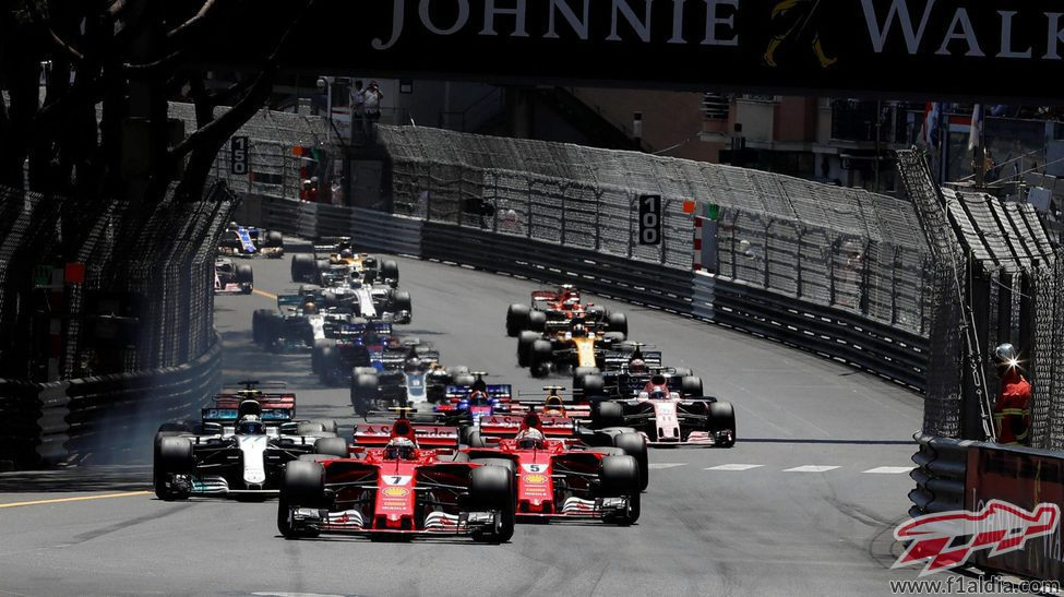 Kimi Räikkönen lidera tras la salida del GP de Mónaco