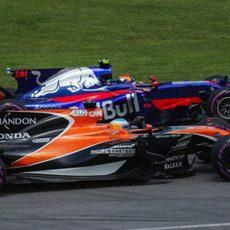 Alonso y Sainz, codo con codo en Canadá