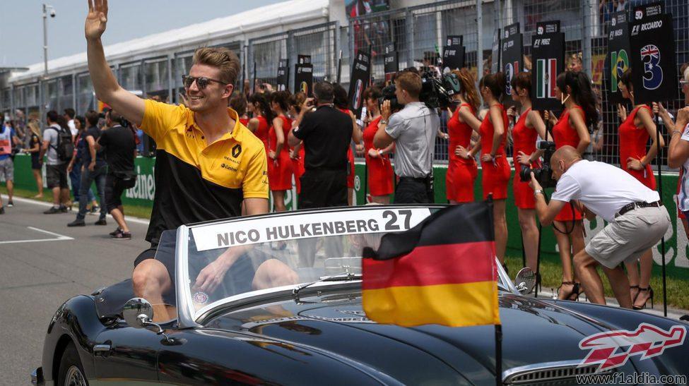 Nico Hülkenberg durante el Driver's Parade de Canadá