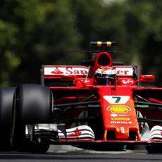 Kimi Räikkönen durante los Libres 1