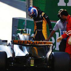 Jolyon Palmer se accidenta durante los Libres 2 de Bakú