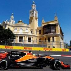 Fernando Alonso durante los Libres 3