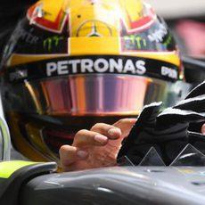Lewis Hamilton, sancionado para la parrilla de salida