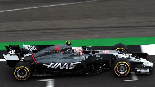 Antonio Giovinazzi con el Haas