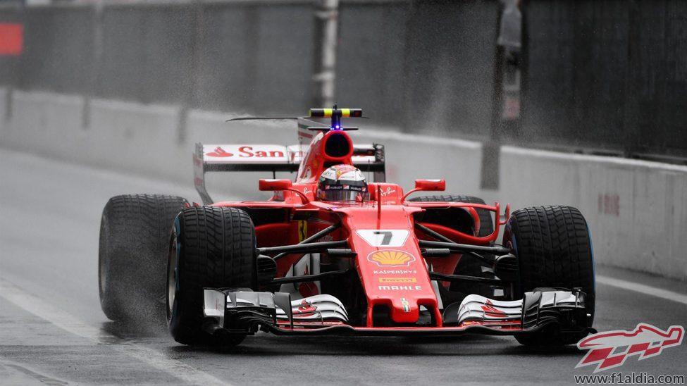 Kimi Räikkönen durante la clasificación