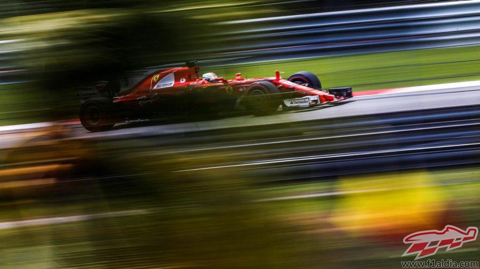 Pésima jornada de sábado de Sebastian Vettel