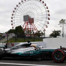 Lewis Hamilton antes de salir a pista
