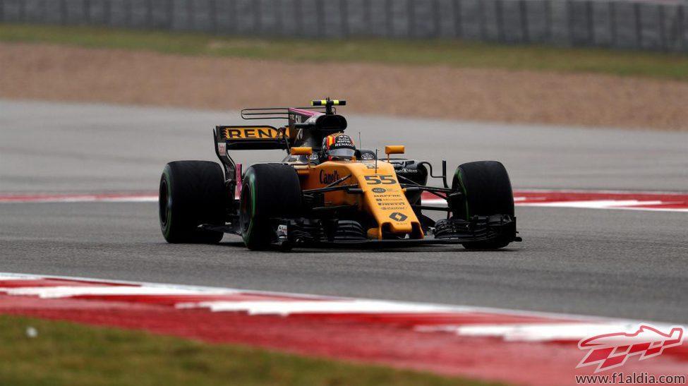Carlos Sainz debuta con Renault