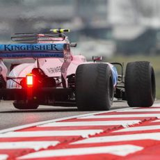 Parafina en el Force India