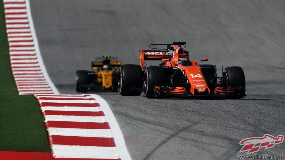 Fernando Alonso y Carlos Sainz en Austin