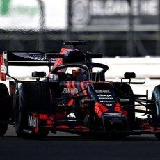 Verstappen pilota el RB15