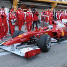 Fernando Alonso debuta con Ferrari