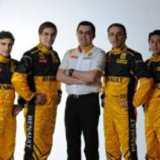 Eric Boullier y sus cuatro pilotos