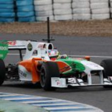 Paul di Resta en el VJM03