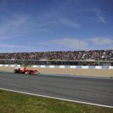 Las gradas llenas por Alonso