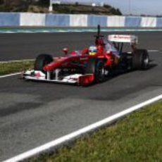 Fernando vuelve a boxes
