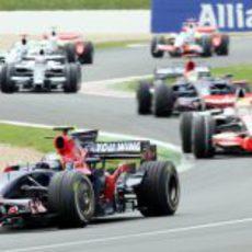Vettel delante de Hamilton