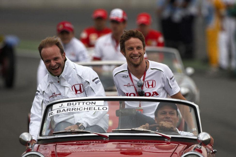 Barrichello y Button en Magny-Cours
