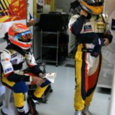 Alonso y Piquet en Silverstone