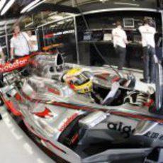 Hamilton en su Mercedes