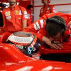 Raikkonen y Dyer en Silverstone