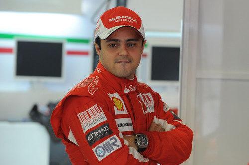 Felipe desea subirse al F10