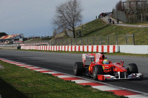 Ferrari se acerca