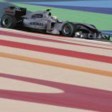 Nico con el Mercedes en Shakir
