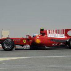 El F10 pilotado por Alonso
