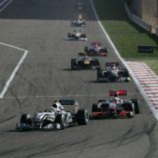 Hamilton persigue a Rosberg