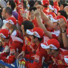 El equipo Ferrari está exultante