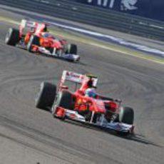 Fernando delante de Felipe