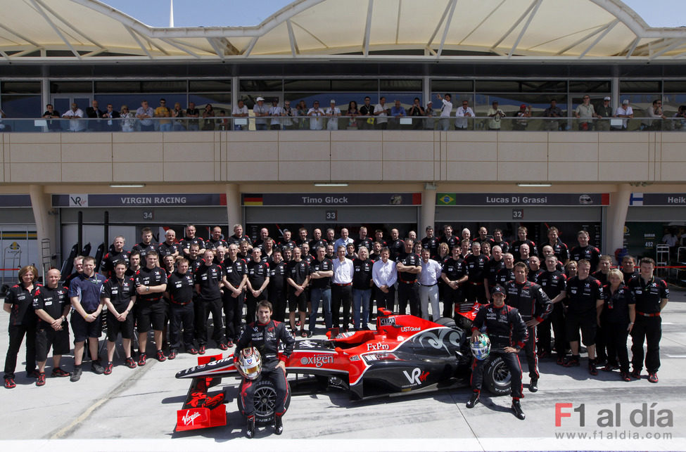 Foto de familia de Virgin Racing