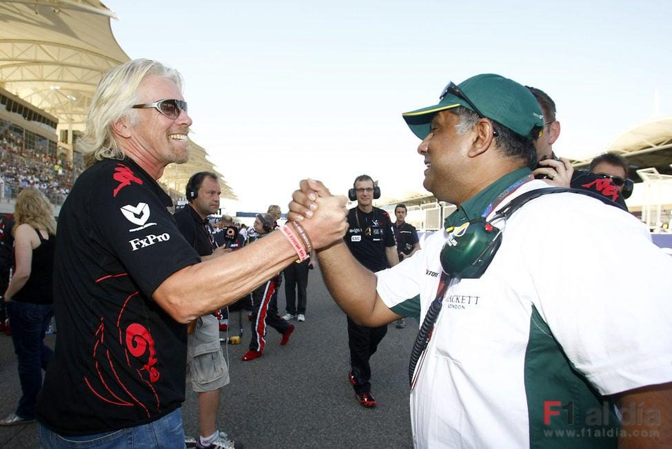 Branson y Fernandes sellan el acuerdo