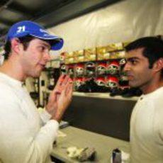 Senna y Chandhok comparten impresiones
