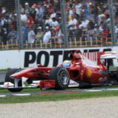 Massa, muy lento en la clasificación