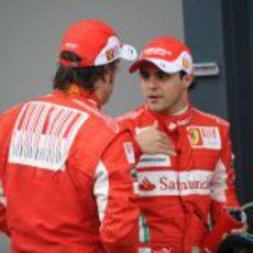 Massa habla con Alonso
