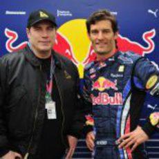 John Travolta y Mark Webber en el GP de Australia 2010