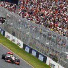 Las gradas del GP de Australia 2010 abarrotadas