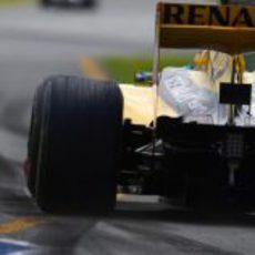 Renault tuvo que modificar su difusor para Australia