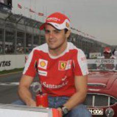 Felipe Massa antes de la carrera de Australia