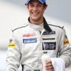 Bruno Senna, feliz en el GP de Malasia 2010