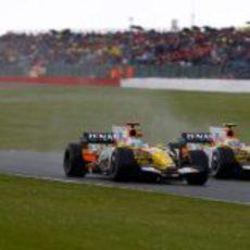 Alonso y Piquet en carrera