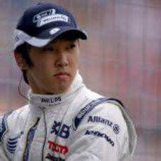 Nakajima observa la pista