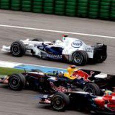 Coulthard entre dos Bourdais y Heidfeld