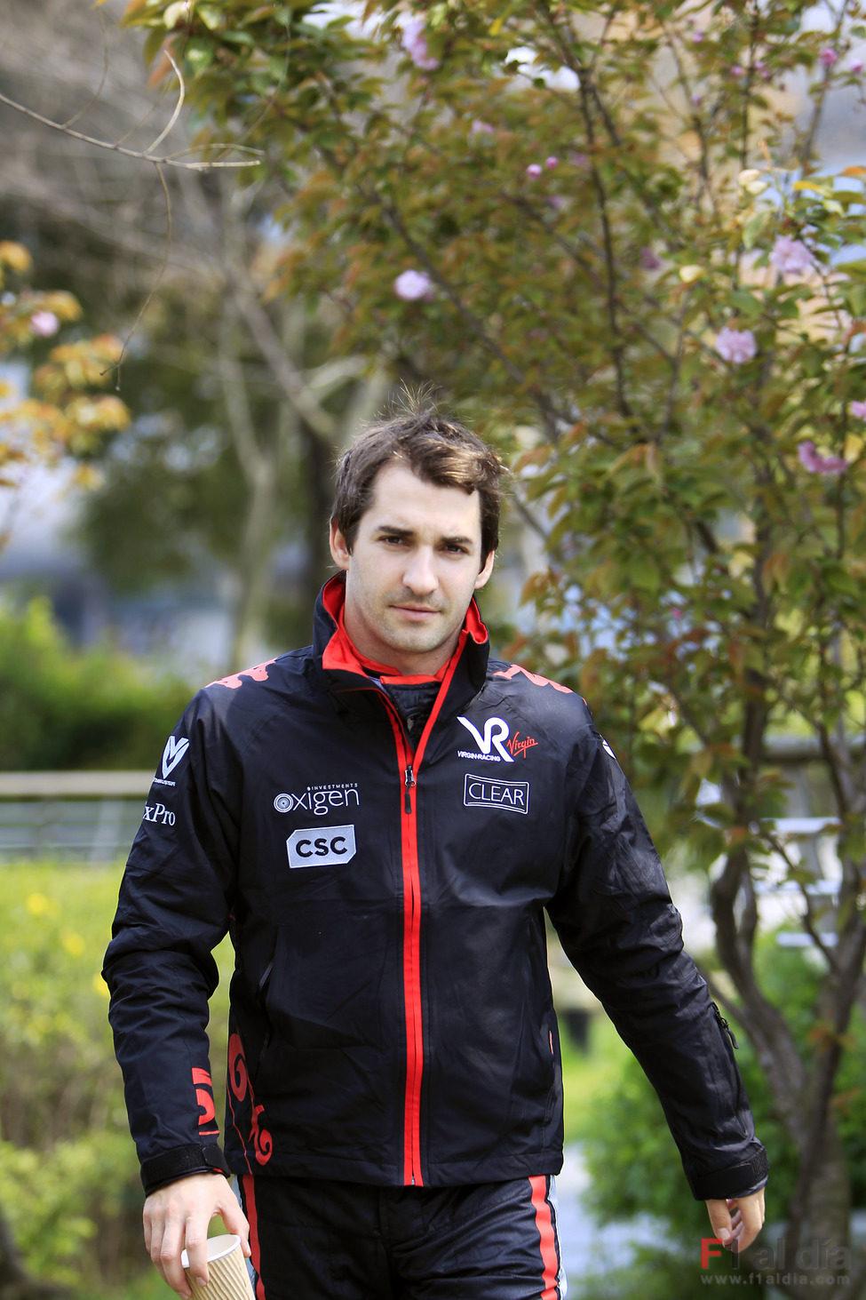 Timo Glock llega al circuito de China