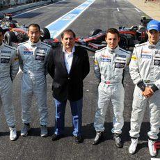 Carabante y sus cuatro pilotos
