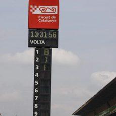 Di Grassi sale del 'pit-lane' del Circuit