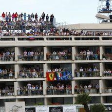 Los balcones a reventar de público en Mónaco